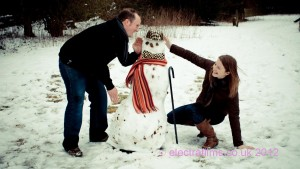 Snowballs and Snowman - an engagement photo story